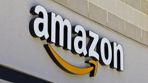 Amazon patents a tracking wristband for its Workers