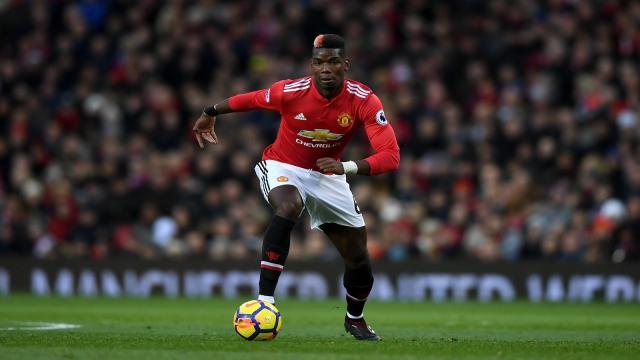 Pogba puede convertirse en mediocampista completo en Man United