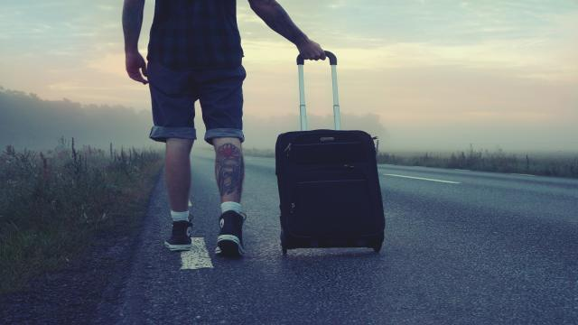 Géminis: Viajar es una buena forma de diluir la tensión