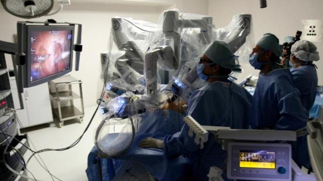 Se ha desarrollado una estación de navegación para cirugía de alta precisión.