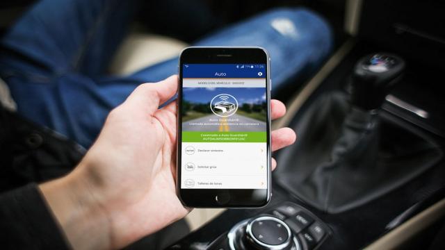 Un automóvil que se conecta directamente con su teléfono inteligente