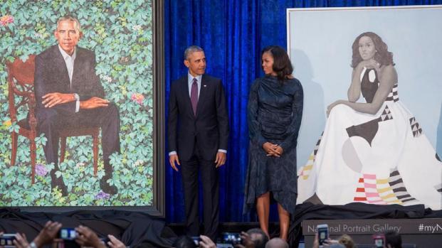 Video: Los retratos oficiales de los Obama