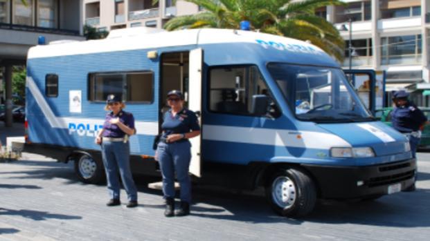 Violenza sulle donne: il camper della polizia fa tappa a Venezia