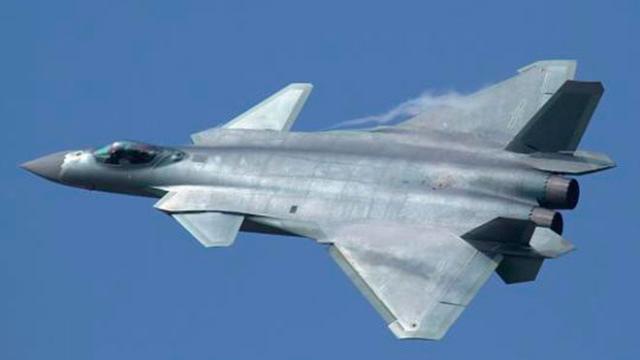 Los combatientes furtivos chinos están listos para el combate, dice Beijing
