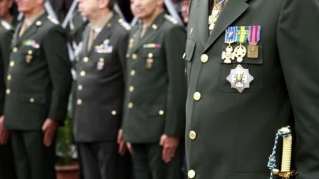Assista: Alto comando do exército se irrita com Raquel Dodge