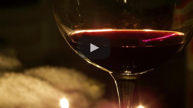 Con solo dos vasos al día de vino te mantendrás lejos del médico