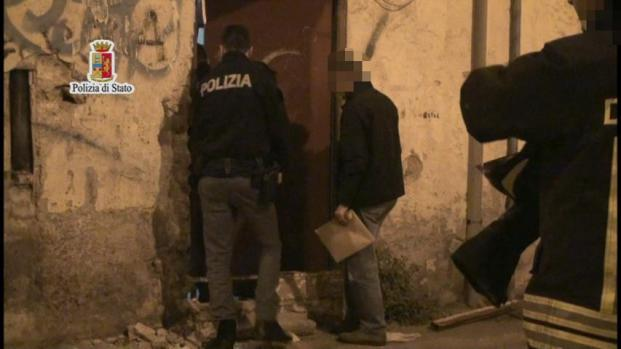 """""""Black Axe"""", la violentissima mafia nigeriana che spaventa l'Italia"""