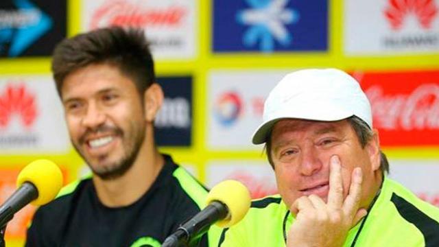 Miguel Herrera confiesa porque mandó a Oribe al banquillo de suplentes
