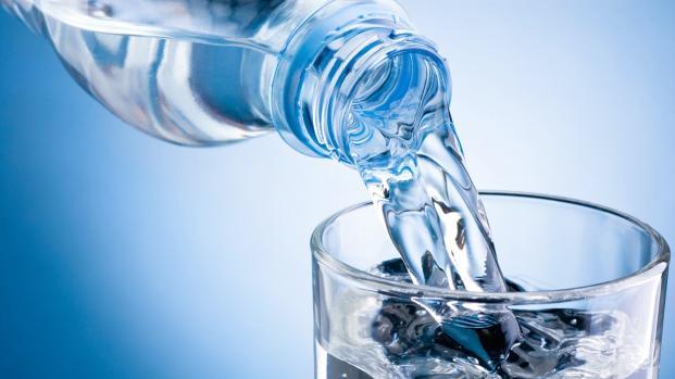 Agua: líquido vital del cuerpo humano