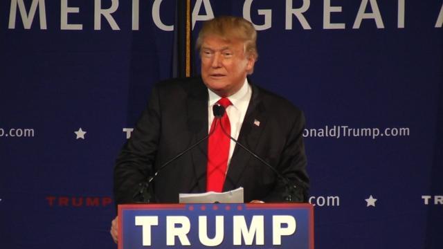 No mire a Trump por el liderazgo después del tiroteo en la escuela de Florida