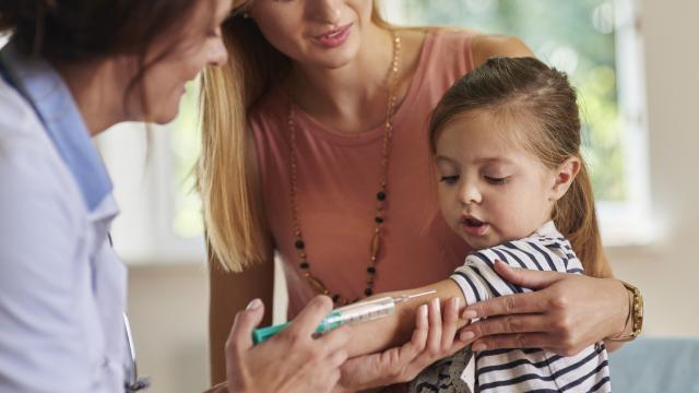 La vacuna contra la gripe es más efectiva de lo que pensamos este año