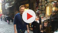 Conan O'Brien a Napoli, sul set di 'Un Posto al Sole': i dettagli