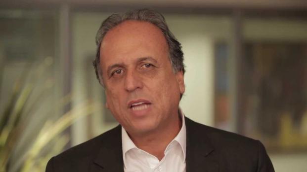 Vídeo: Pezão anuncia fim da sua carreira política