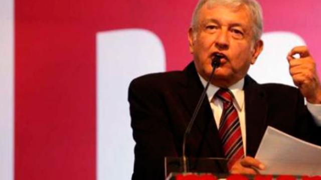 Crisis en el PRI y PAN benefician a AMLO
