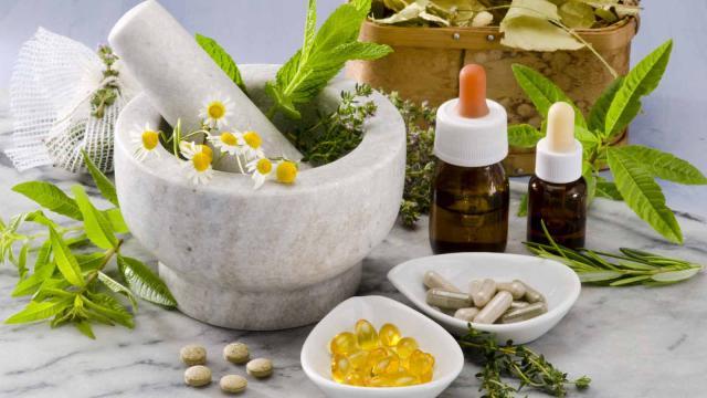 Beneficios de la acupuntura y homeopatía