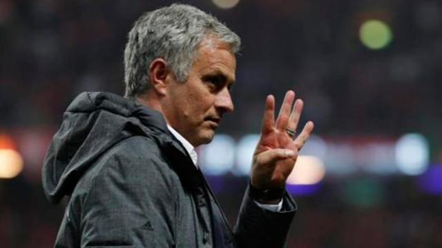 Mourinho explota contra periodista al ser cuestionado por su relación con Pogba