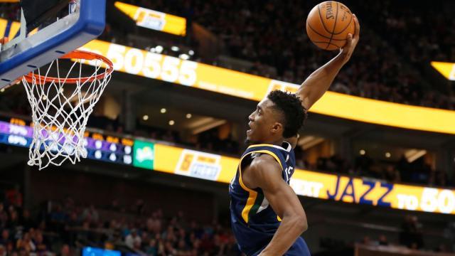 Donovan Mitchell se deleita en un nostálgico triunfo en el Slam Dunk de la NBA