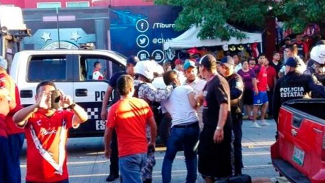 Aficiones de Veracruz y América se lían a golpes al finalizar el partido