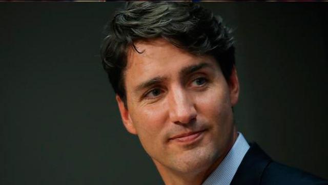 El primer minutos canadiente Justin Trudeau viaja a India