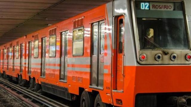 La basura en el Sistema de Transporte Colectivo Metro es culpa de todos