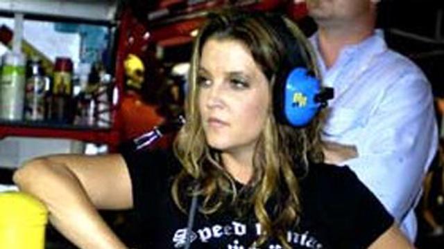 ¡Lisa Marie Presley revela que tiene deuda de millones de dolares!