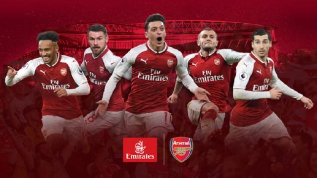 El Arsenal Football Club firma un contrato de camiseta con Emirates