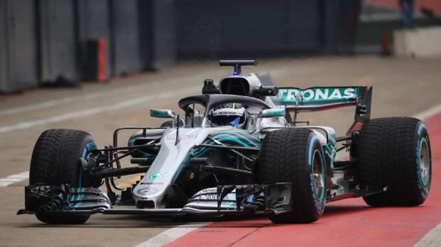 Formula 1, è stata svelata la nuova Mercedes W09