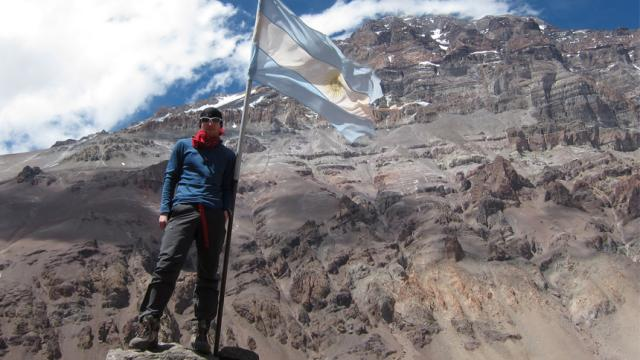 ¡Caminó conmigo en el Everest, y luego desapareció!