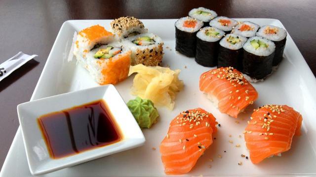 ¡Cuidado! La gente que come sushi podría estar en riesgo de contraer parásitos