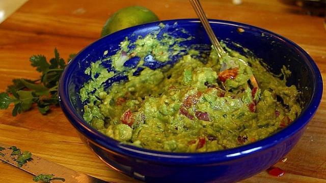 'Salsa de guacamole' (de Texas a México): cómo prepararlo en casa