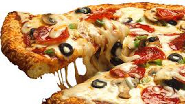 ¡Comer pizza para desayunar es una buena idea!
