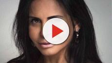 Vídeo: Gretchen faz tatuagem para esconder olheiras e resultado impressiona