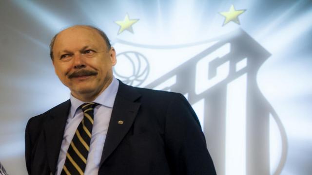 Futbol: Vicepresidente del Santos viaja a Europa para reunirse Neymar