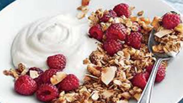 Granola: la colazione ricca di gusto e facile da preparare