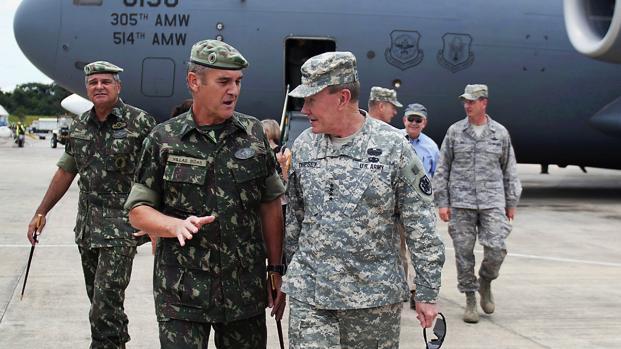 Assista: Militares interferem na liberdade de ir e vir dos moradores