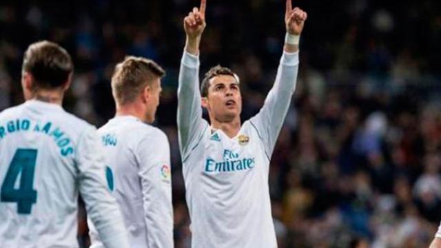 El Real Madrid vence 4-0 al Alavés con dos goles de CR7