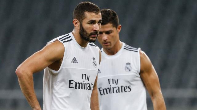 Futbol: Cristiano Ronaldo le brinda confianza a Karim Benzema
