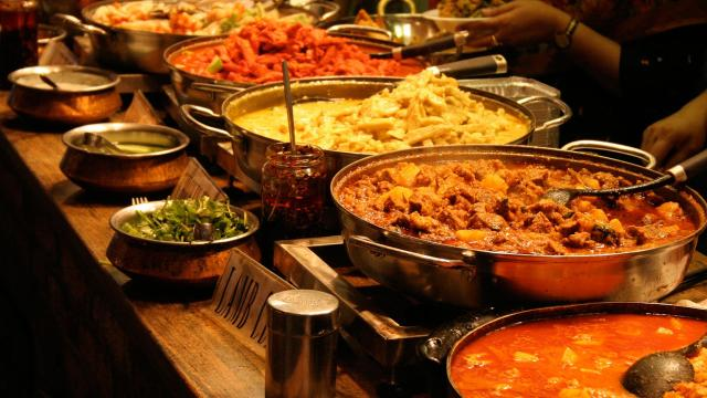 5 mitos popularizados sobre comida que son completamente falsos
