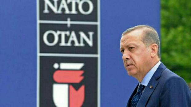 Turquie : Erdogan défie l'opinion publique avec le statut de martyre