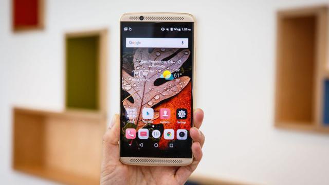 Axon M es el nuevo teléfono inteligente Zte con dos pantallas