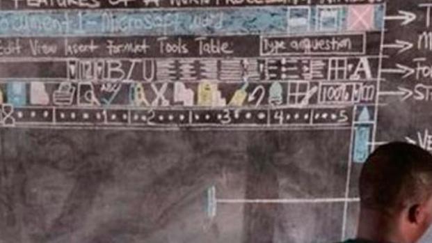 Los maestros se las ingenian para enseñar