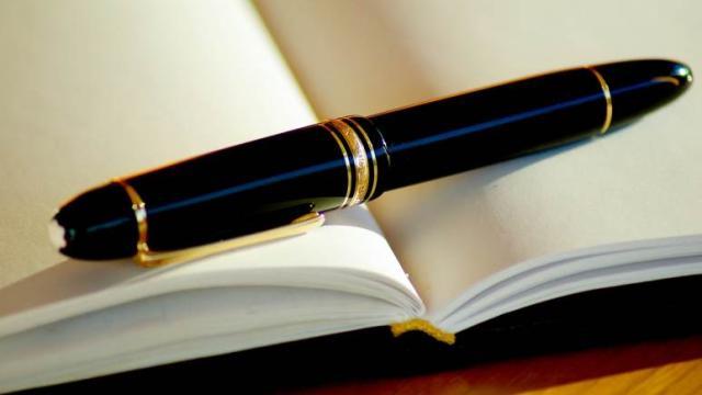 ¿Es la escritura expresiva un alivio del estrés? Los expertos creen que sí
