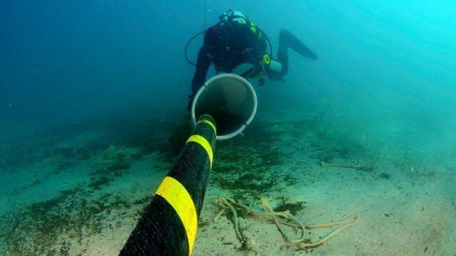 ¿Cómo se ve Internet bajo el océano?