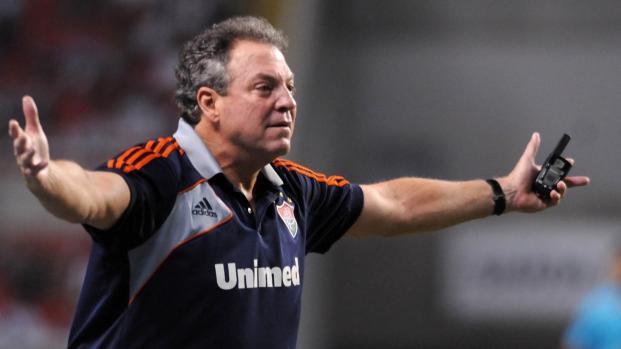 Abel Braga defende o Fluminense