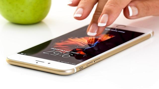 Los nuevos modelos de Samsung tienen pantalla Super Amoled