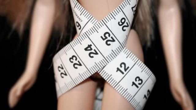 Cómo una mujer leyó su camino hacia la recuperación de la anorexia