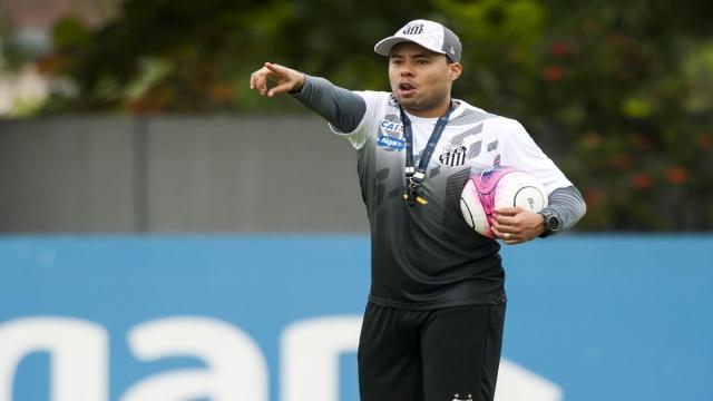 Futbol: Jair apunta el factor determinante en la derrota del Santos