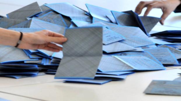Elezioni: continuano i problemi a Roma per il rilascio dei documenti