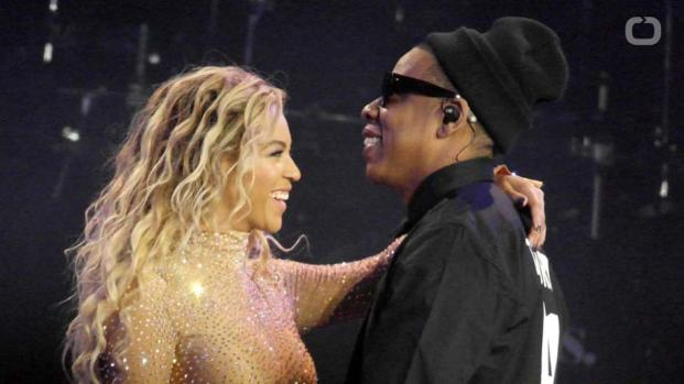 """Beyoncé and Jay-Z hinted at """"On the Run 2"""" joint tour?"""