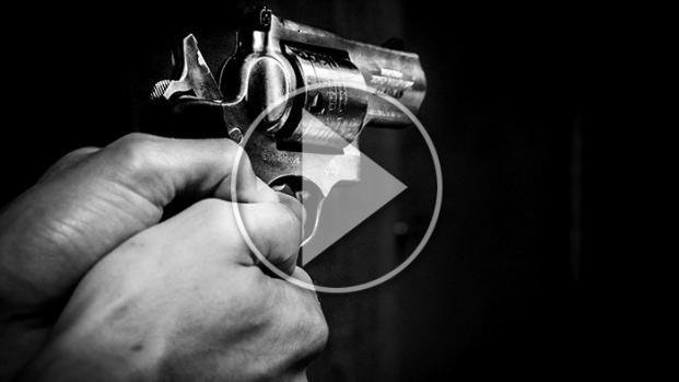 VIDEO - Firenze: Voleva suicidarsi ma ho cambiato idea. E ha sparato a caso.